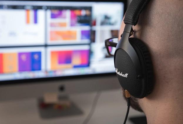 Hire-UI-Designer